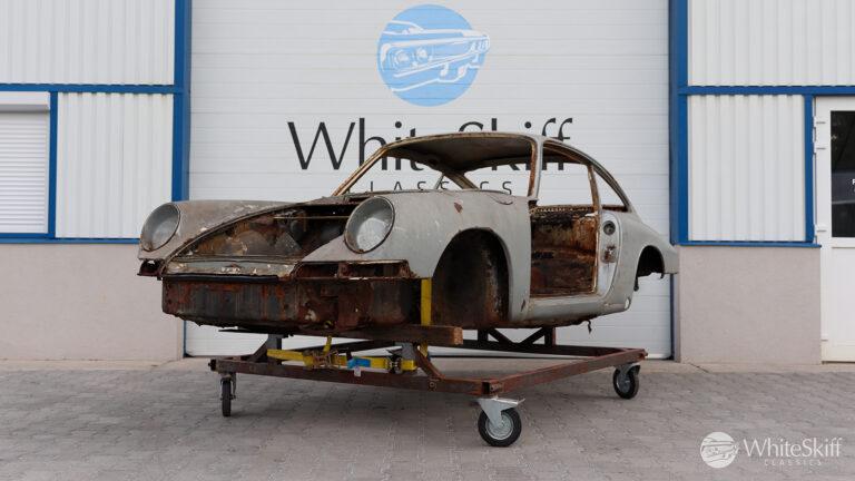 1965 Porsche 911 - Light Ivory 65
