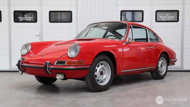 1966 Porsche 911 - Aga Blue 66