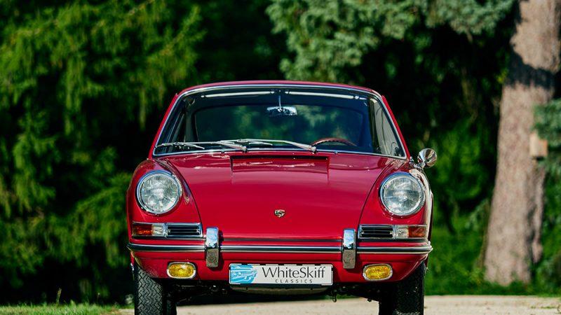 1966 Porsche 911 Coupé pólópiros szemből