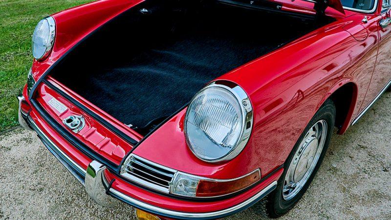 1966 Porsche 911 Coupé pólópiros csomagtér