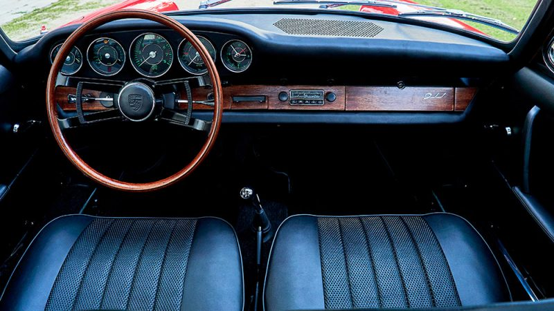1966 Porsche 911 Coupé pólópiros beltér