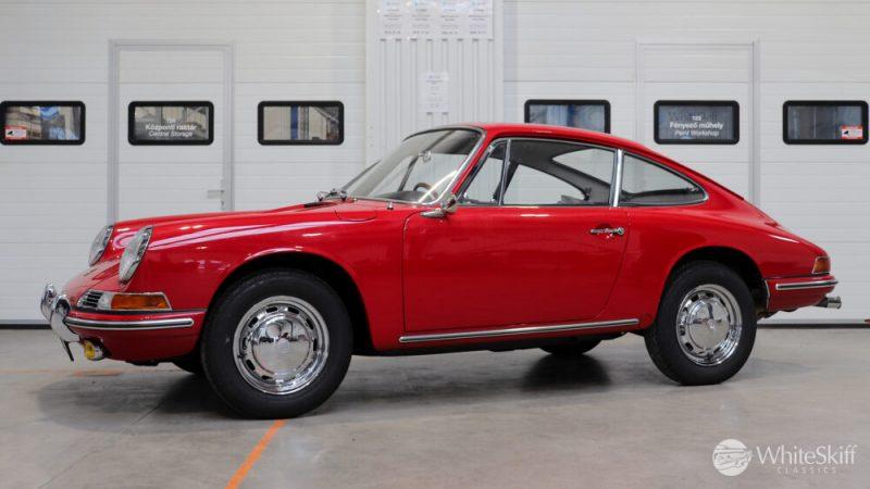 1966 Porsche 911 Coupé pólópiros bel előlről