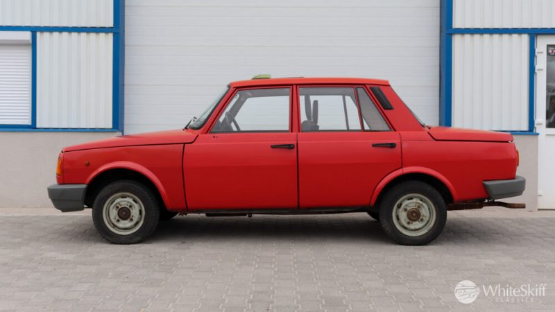 1990 Wartburg 1.3 Flame Red (3)