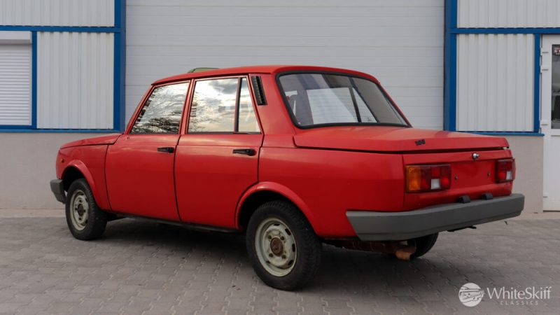 1990 Wartburg 1.3 Flame Red (4)