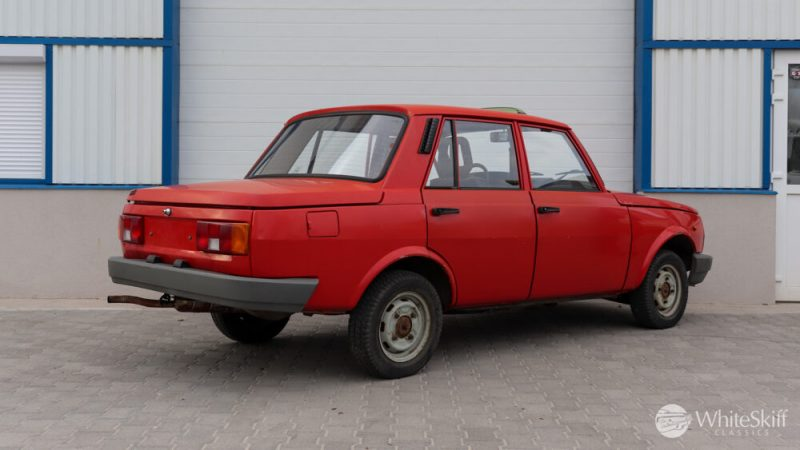 1990 Wartburg 1.3 Flame Red (6)