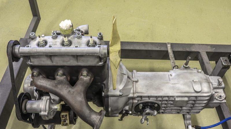 2120002 1965 Wartburg 312 HT Gray White motor